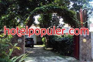 Jeng Tini Guest House villa murah dekat stasiun bogor