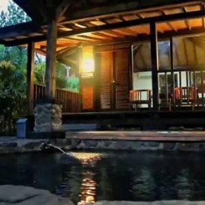 Tirta Arsanta Hot Springs & Villa